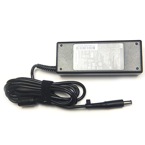 Блок питания для ноутбука HP 384021-001 (Напряжение: 19 Вольт / Ток: 4.74 Ампера / Мощность: 90 Ватт / Коннектор: 7,4x5,0 мм с PIN иголкой внутри)