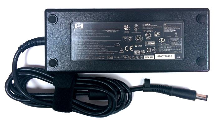 Блок питания ноутбука HP HSTNN-LA01 (Напряжение: 19 вольт / Ток: 7.1 ампер / Коннектор: 7,4x5,0 мм)